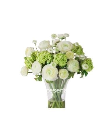 Mazzo Di Fiori Bianchi.Bouquet Con Fiori Bianchi La Rosa Nera Il Tuo Fiorista A Cesena